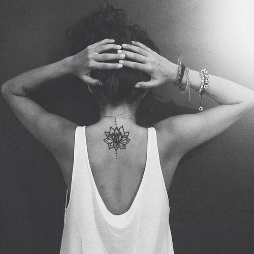 elegante_flor_de_ltus_da_tatuagem