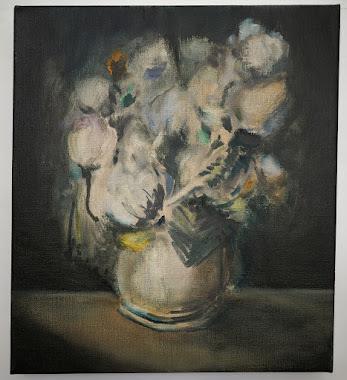 beige vase.jpg