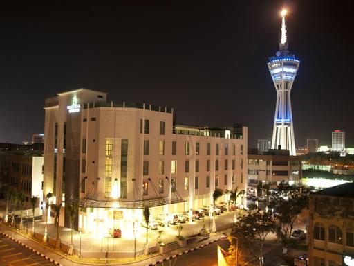 Hotel Fuller