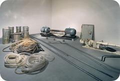 Beuys-Joseph_Honigpumpe-am-Arbeitspl[2]