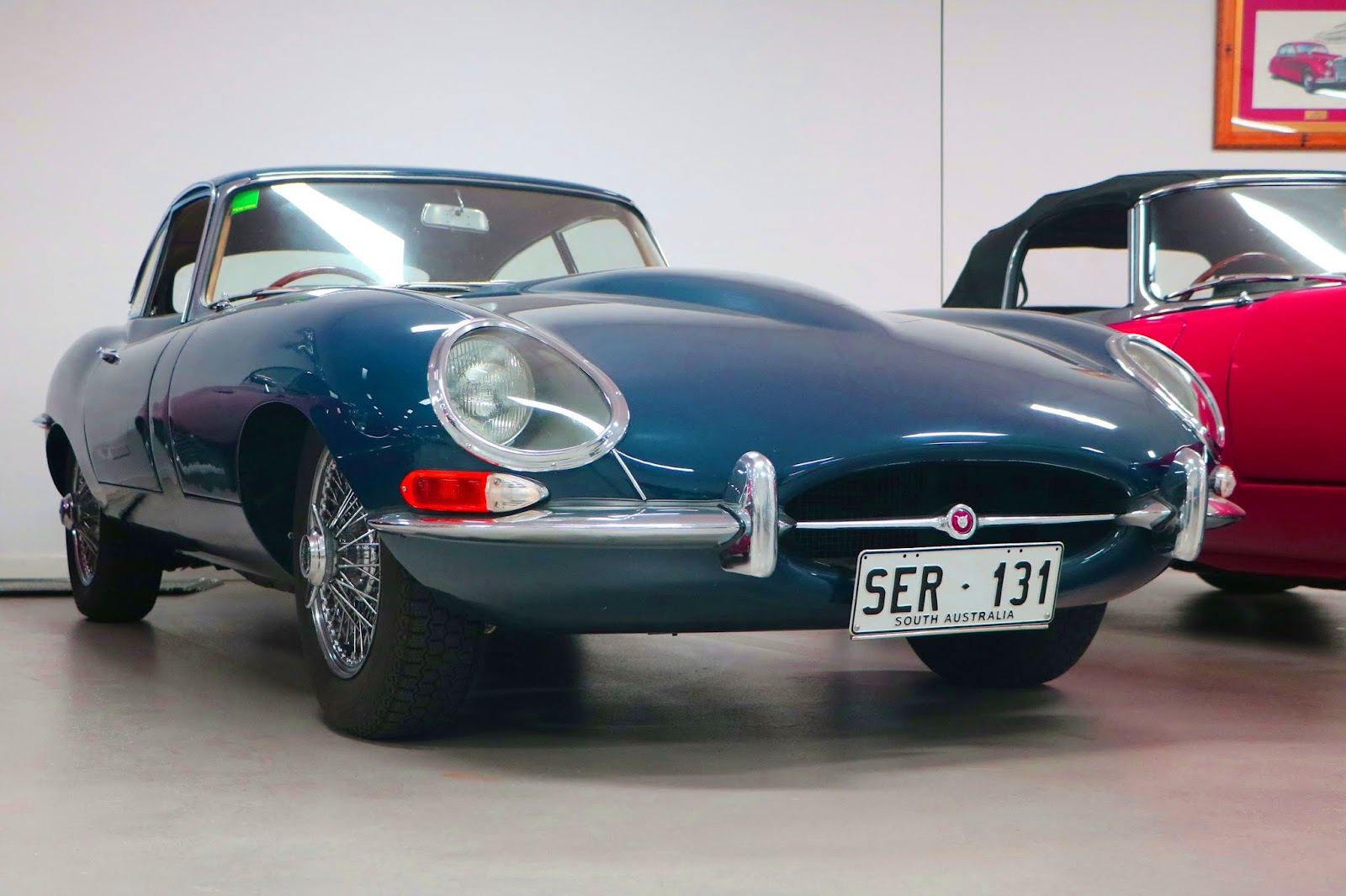Carl_Lindner_Collection - 1966 Jaguar E-Type Series I Coupe 05.jpg
