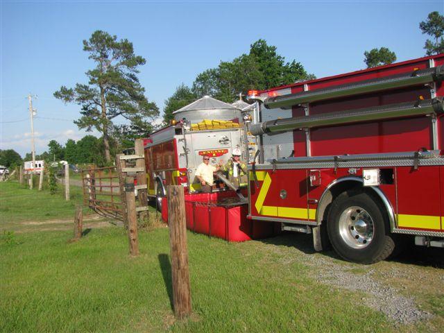 House fire Lynchburg Rd Mutual Aid to Williamsburg Co. Fire 027.jpg