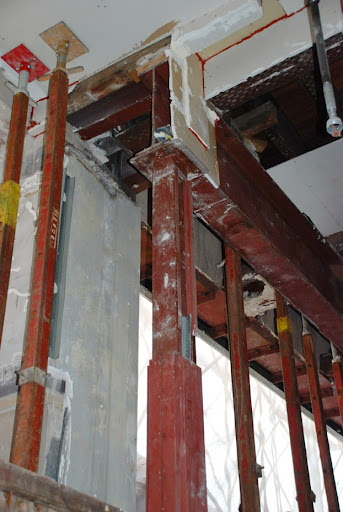 Aluminum Shoring Jacks : Staging superior scaffold services