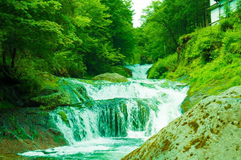 Oshidori-gakushi waterfall photo2