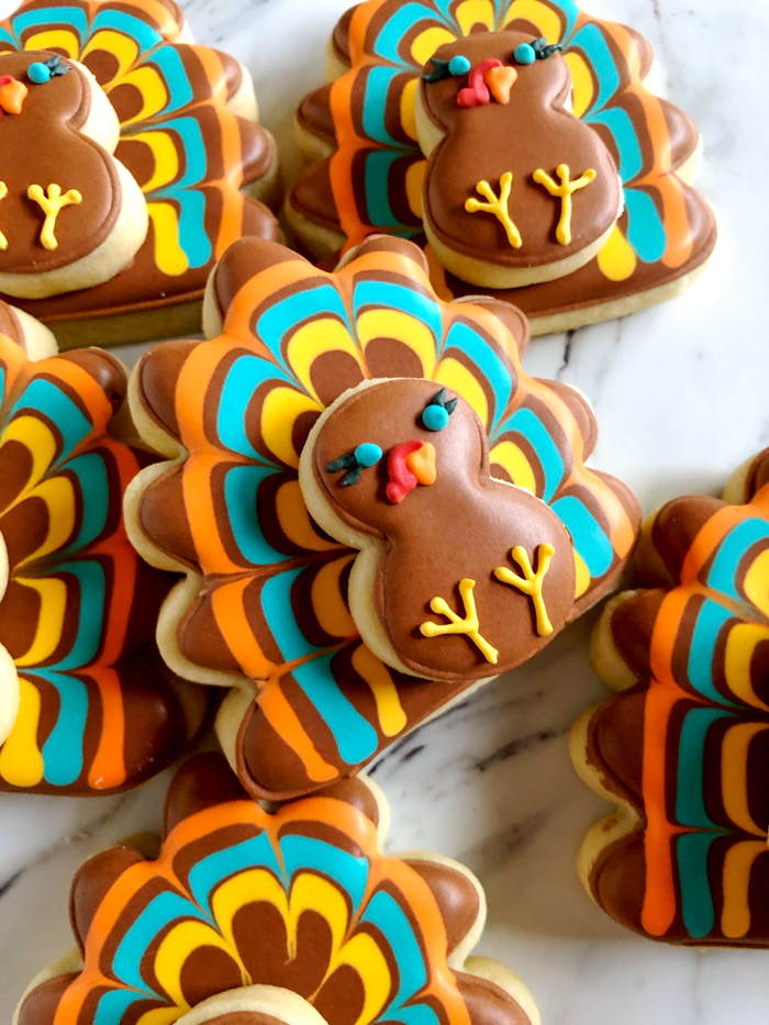 how to decorate turkey cut-out cookies