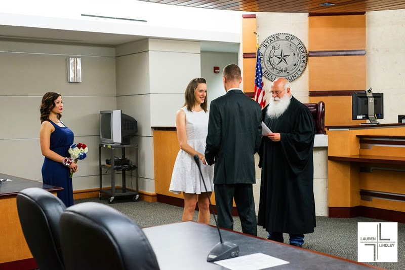 Killeen Courthouse Wedding | Angela + Glenn | Lauren Lindley