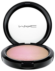 mac-inthespotlight-extradimensionskinfinish-showgold