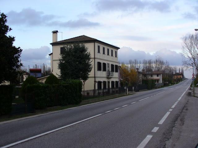 L'ex casa di Pietro Lizier, a Calvecchia, sede del governo civile e religioso nei primi mesi dopo la guerra 1915-18
