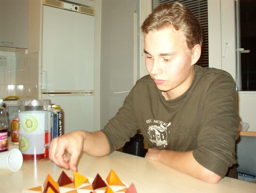 Peli-ilta syksy 2008 - IM002828.JPG