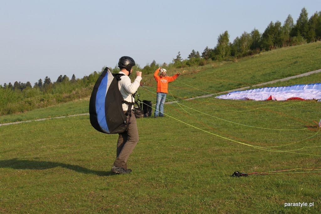 Szkolenia paralotniowe Maj 2012 - IMG_2462.JPG