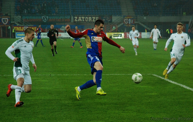 Piast_vs_Slask_2016_03-04.jpg