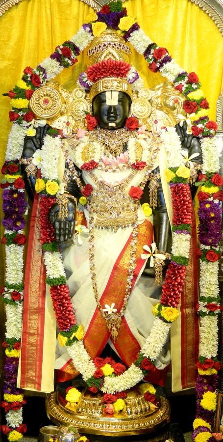 ISKCON Pune NVCC Deity Darshan 10 Jan 2017 (3)