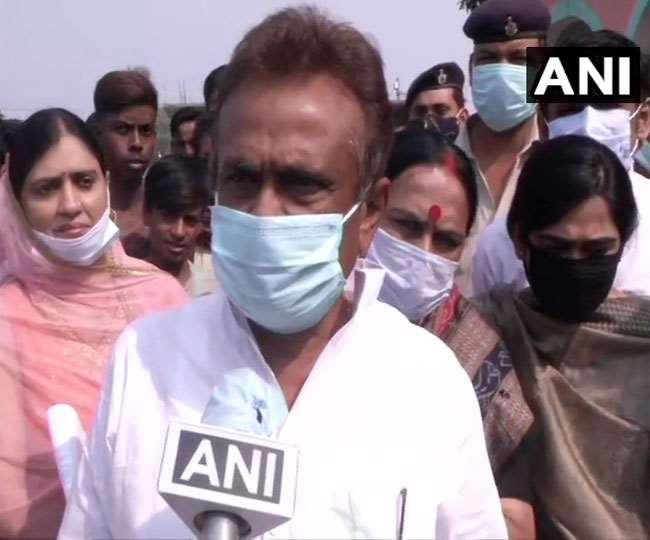 Bihar Election Result 2020: बिहार चुनावों में ऐश्वर्या राय के पिता चंद्रिका राय हारे; 132 पर एनडीए, 101 पर महागठबंधन आगे