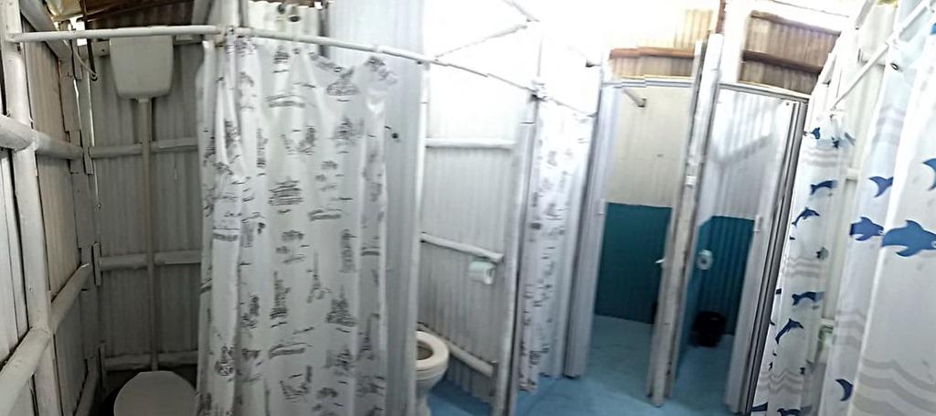 [trailer-camping-amendoeiras-banheiro-masc-1%5B4%5D]