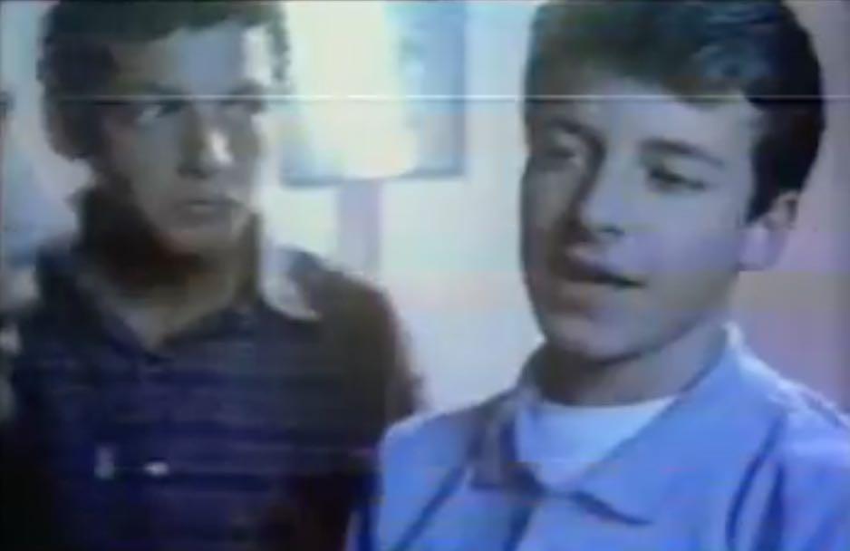 Propaganda antiga com Rodrigo Faro para o Tênis Bamba no final dos anos 80