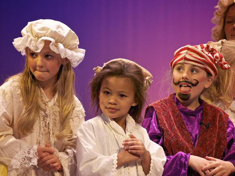 2012PiratesofPenzance - _DSC1345%2B-%2B2012-04-14%2Bat%2B11-32-10.jpg