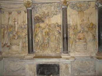 2017.10.23-125 retable des trois baptèmes dans la basilique Saint-Remi