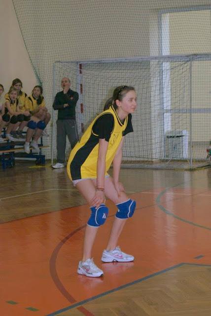 Zawody siatkarskie dziewczat 1 marca 2011 - DSC09311_1.JPG