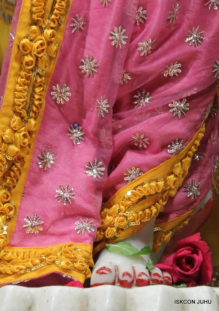 ISKCON Juhu Mangal Deity Darshan on 30th Dec 2016 (33)