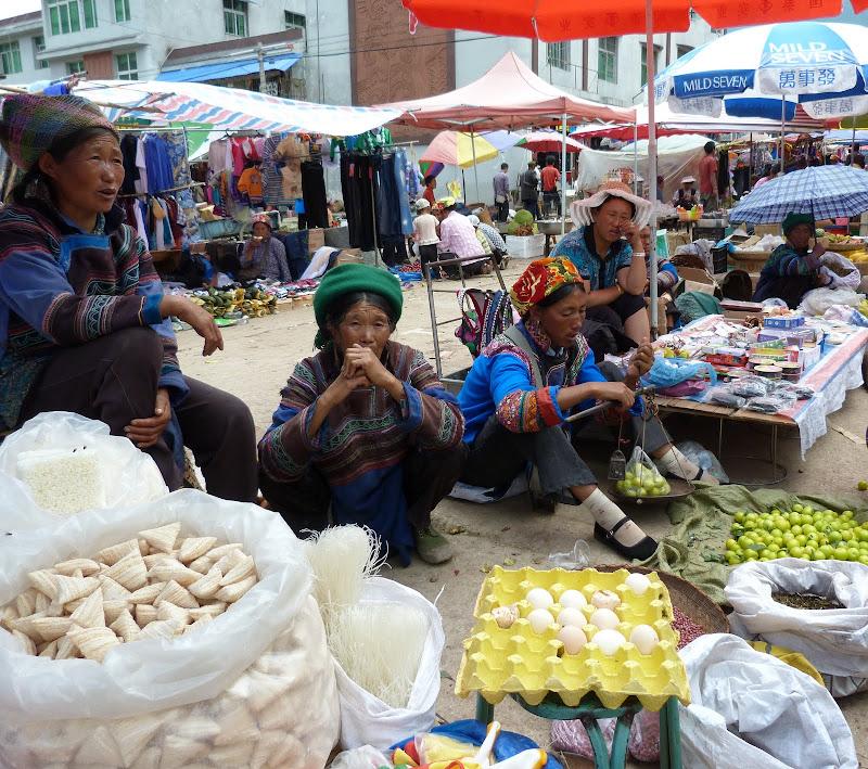 CHINE SICHUAN.XI CHANG ET MINORITE YI, à 1 heure de route de la ville - 1sichuan%2B1044.JPG