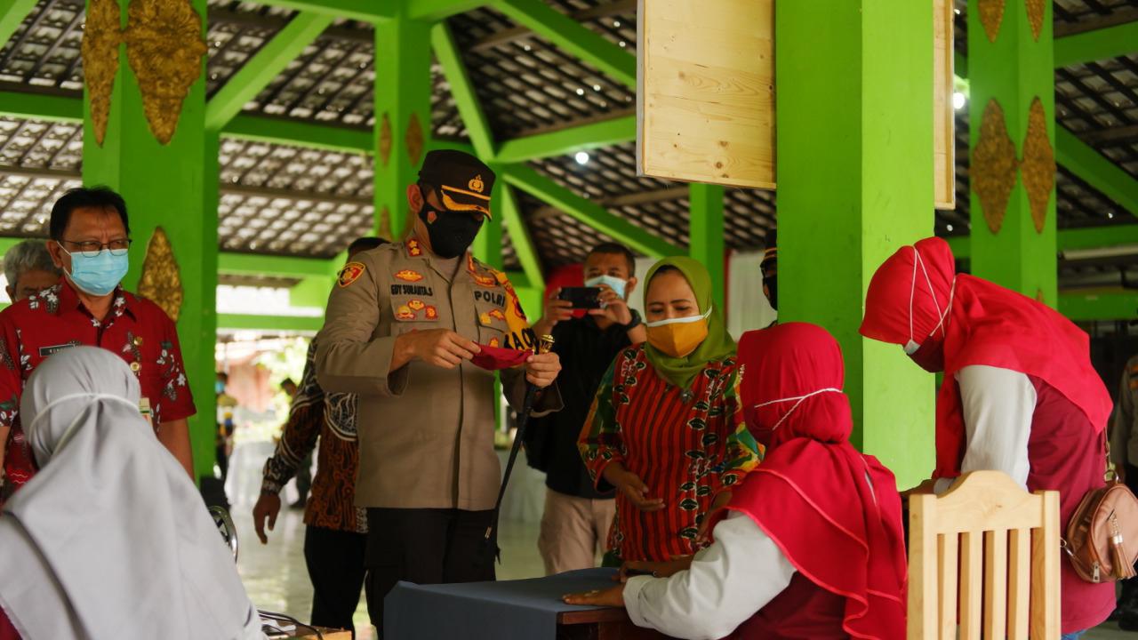 Polres Klaten Cek Penerapan PPKM Mikro di Desa Kemudo Prambanan