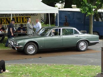 2017.06.11-026 Jaguar XJ6 1975