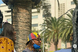 Rapper, Yung6ix leads #EndSARS protest in Los Angeles, US (See Photos)