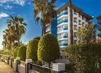 Фото 1 Parador Hotel
