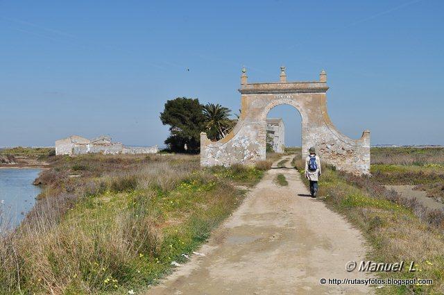 Salina Dolores y molino de marea de La Roqueta