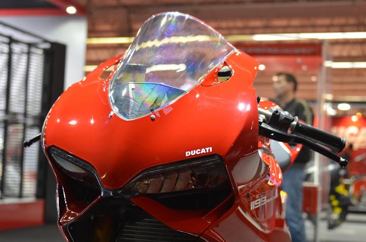 Salon de la Moto : Paris 2011... - Page 2 DSC_6430