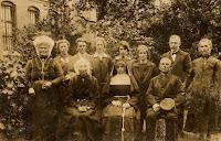 Monden-Hereijgens Familiefoto (1).jpg
