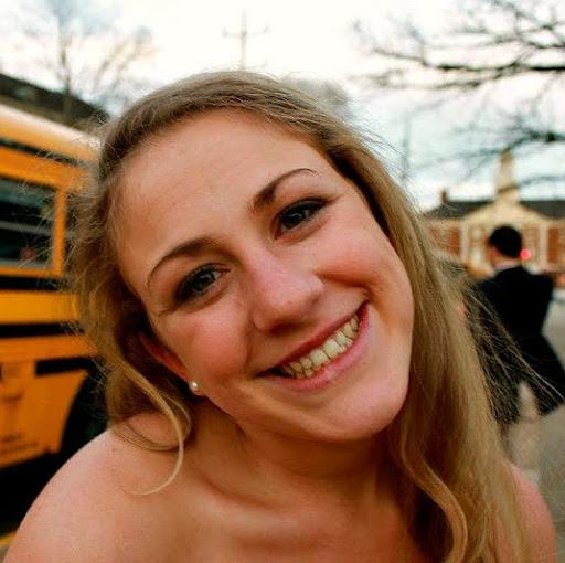 Nicole Mitchell Photo 30