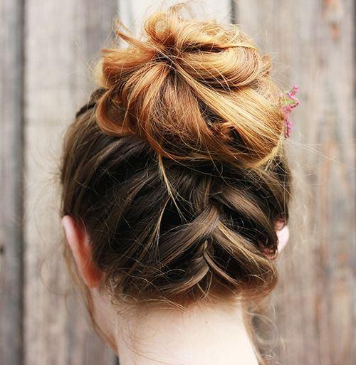 Medium Hairstyle Summer