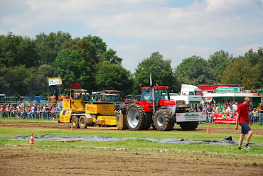 Zondag 22-07-2012 (Tractorpulling) (59).JPG