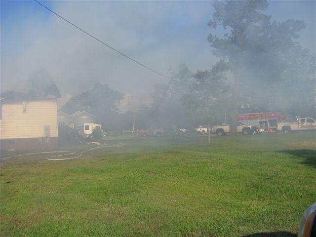 House fire Lynchburg Rd Mutual Aid to Williamsburg Co. Fire 003.jpg