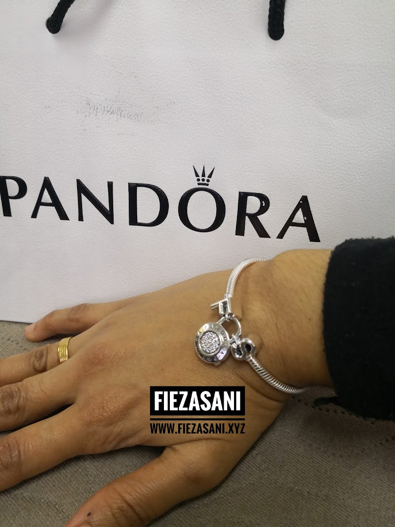 Pandora..Bracelet + 2 Charm Alphabet Pilihan Hati