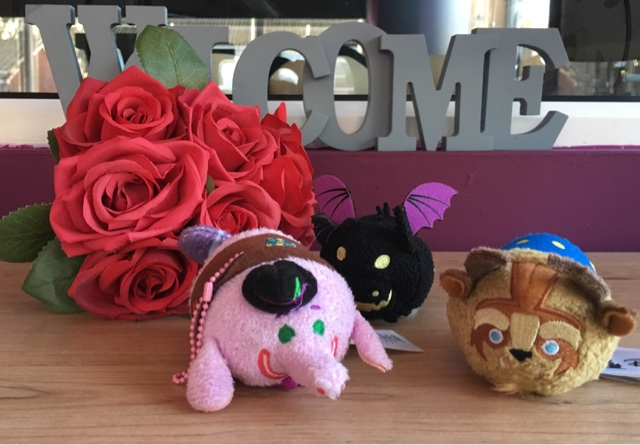 roses with the beast, dragon and elephant tsum tsum