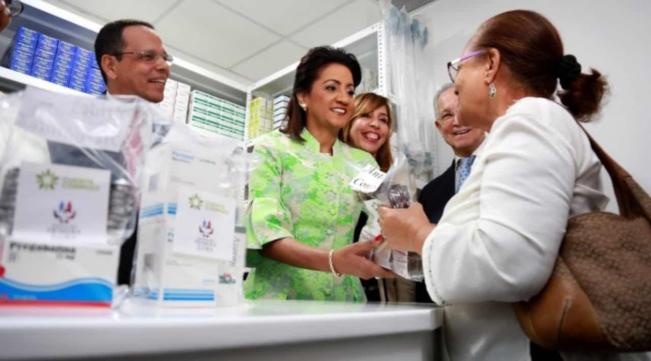 Primera Dama resalta su compromiso con la salud integral de las mujeres