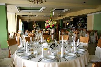 Photo: Bajeczny ślub nad Sanem .... czyli przesympatyczna Para Młoda, niesamowita obsługa hotelowa, przepiękne kwiaty ... czego chcieć więcej ?  Hotel Bona w Sanoku