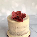 semi naked tall cake and statement flower 4.jpg