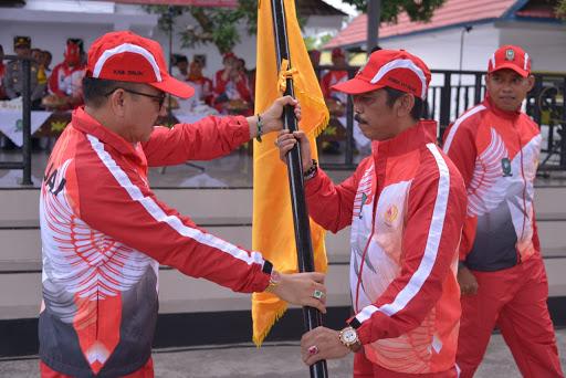 Pj Bupati Sinjai Lepas Kontingen Porda XVI ke Pinrang