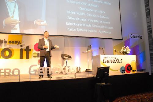 Charla sobre Tendencias en Software en el GX21