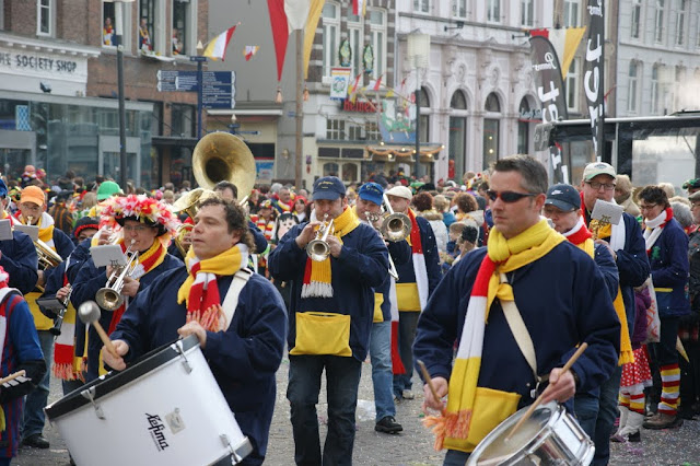2012-02-19 tm 21 Carnaval in Oeteldonk - DSC04127.JPG