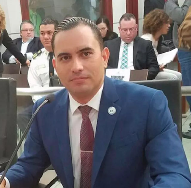 Abner Gómez, director of the Puerto Rico State Agency for Emergency and Disaster Management, also known as PREMA, submitted his resignation on 10 November 2017. Photo: Abner Gómez / Facebook
