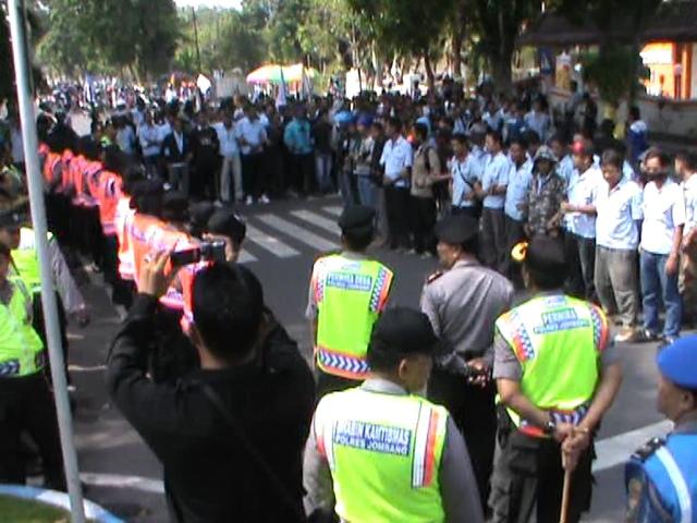 Desak Cabut PP 78, Buruh Jombang Kembali Gelar Aksi Demo