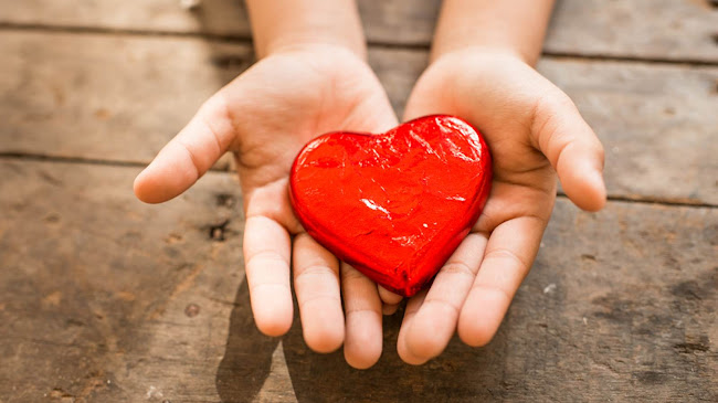Hành động nhỏ tình yêu lớn