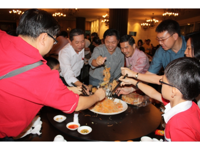 Others - Chinese New Year Dinner (2010) - IMG_0270.jpg