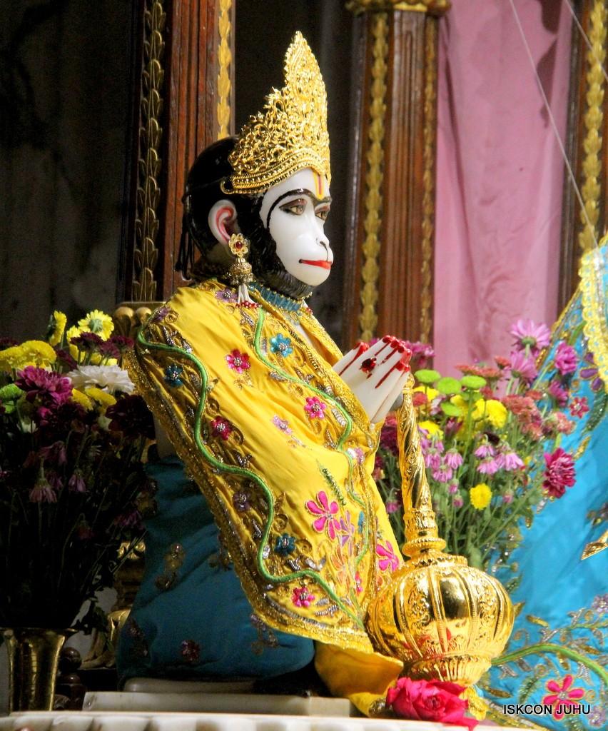 ISKCON Juhu Mangla Deity Darshan 22  Nov 2016 (34)
