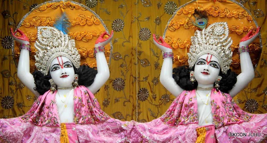 ISKCON Juhu Mangal Deity Darshan on 22nd July 2016 (30)
