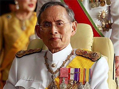 Raja Thailand Bhumibol Adulyadej baru meninggal dunia